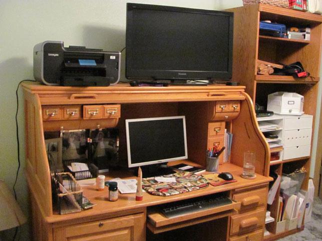 Diana-Desk-Before-MDC
